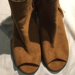 Brown suede like ankle boots